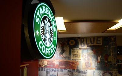 Starbucks o la ballena