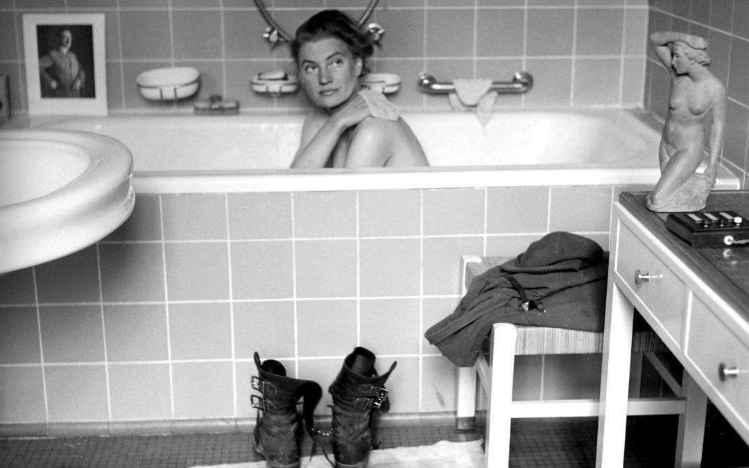 En la bañera con Hitler