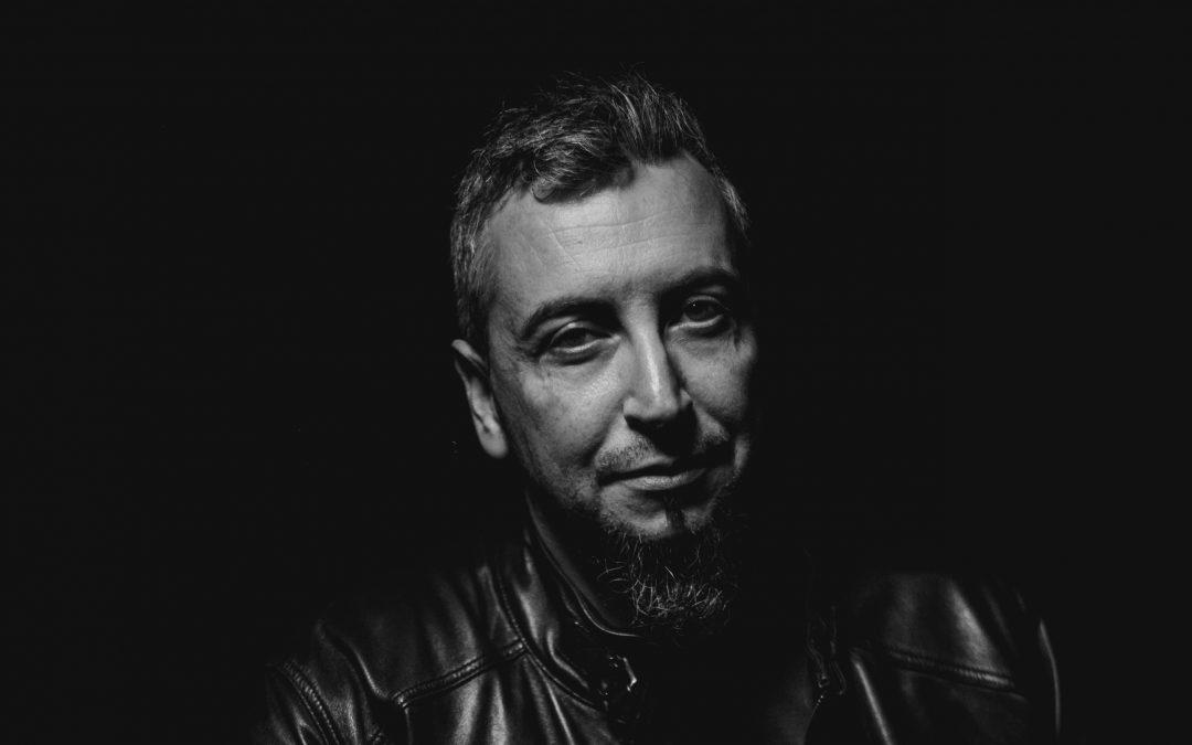Benito Olmo: «La novela negra es un juego, un desafío al lector»